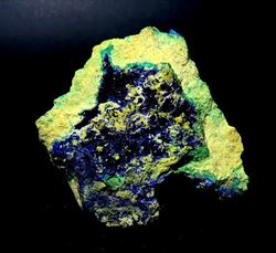 Picture of Azurite in Bindhemite (Australia)
