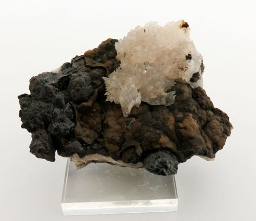 Picture of Calcite on Goethite (Kalahari Manganese Fields, South Africa)