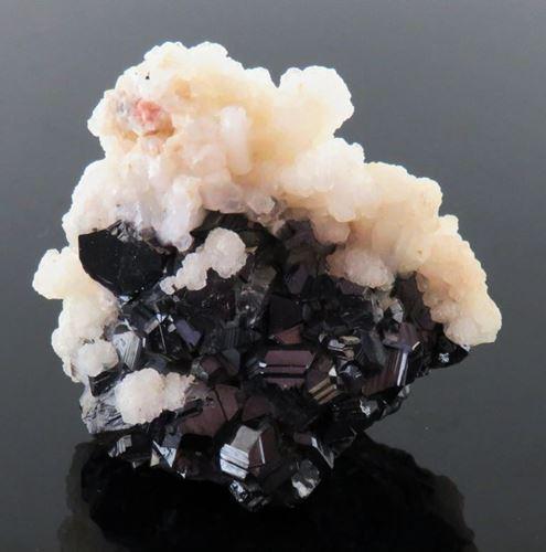 Picture of Sphalerite, Quartz, Calcite. (Trepecia, Yugoslavia)