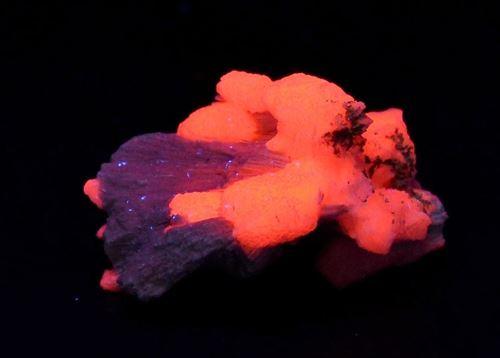 Picture of Manganoan Calcite on Kutnahorite (Kalahari Manganese Fields, South Africa)