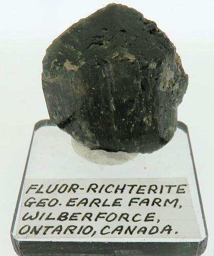 Picture of Fluor-Richterite (Canada)