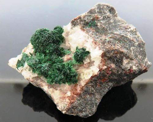 Picture of Malachite on Calcite (Tsumeb, Namibia)