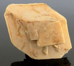 Picture of Calcite pseudormorph after Glauberite  (U.S.A.)
