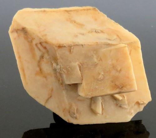 Picture of Calcite pseudormorph after Glauberite  (U.S.A.)