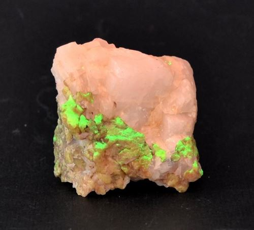 Picture of Willemite and Calcite (USA)
