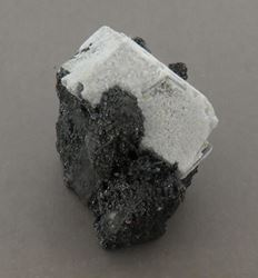 Picture of Calcite on Manganite (Kalahari Manganese Fields, South Africa)