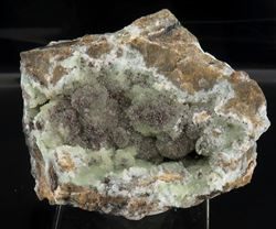 Picture of Hetaerolite on Smithsonite (Skorpion Mine, Namibia)