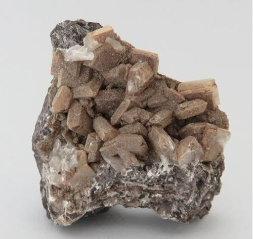 Picture of Lizardite on Hydroxyapophyllite (Kalahari Manganese Fields, South Africa)
