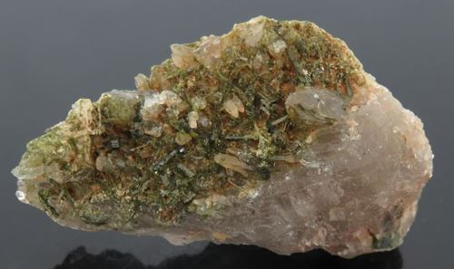 Picture of Epidote on Quartz (Northern Cape, South Africa)
